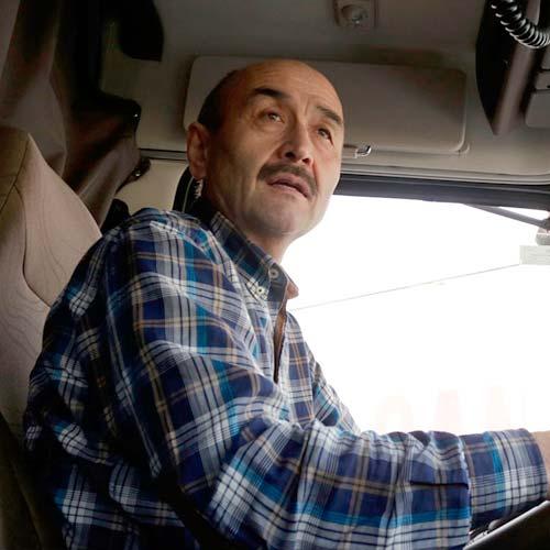 Еркин Курбан, водитель